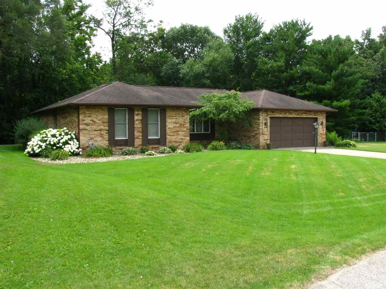 24104 Coral, Elkhart, IN 46516