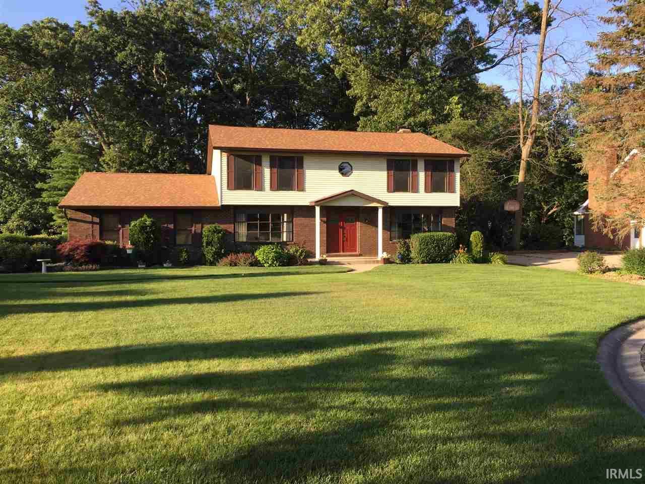 17131 Ridgefield, Granger, IN 46530