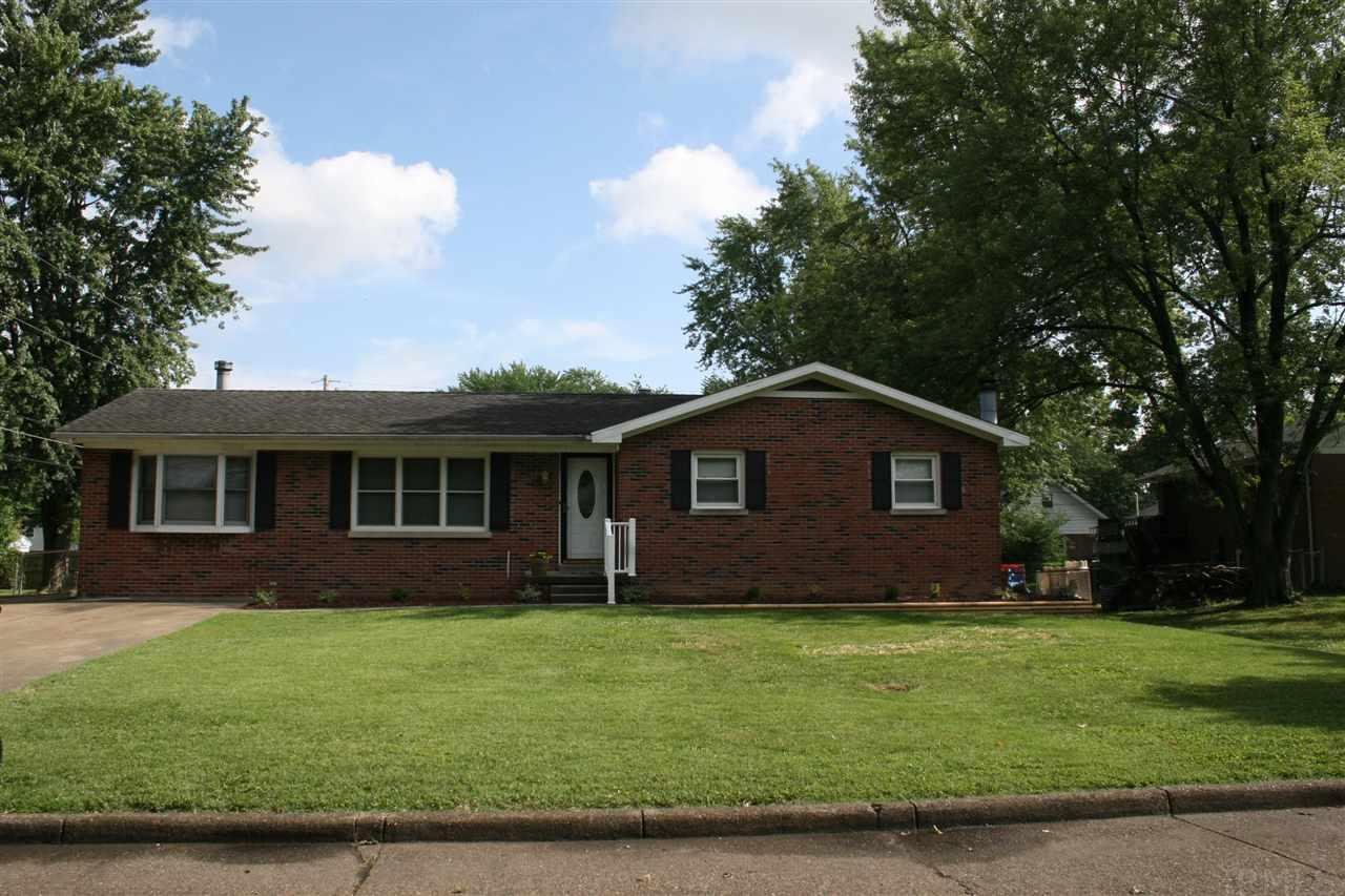 2901 Longacre Dr, Evansville, IN 47711
