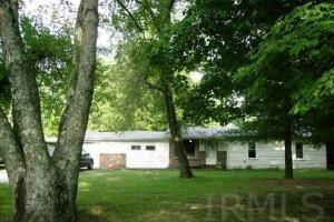 1743 Rariden Hill Rd, Mitchell, IN 47446