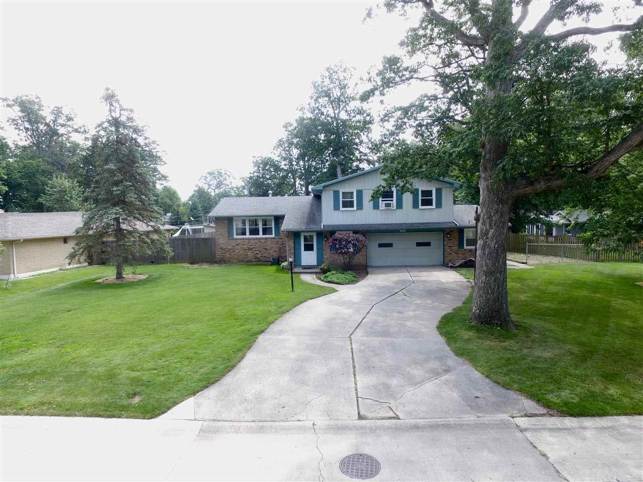 3636 Blueridge Lane, Fort Wayne, IN 46815