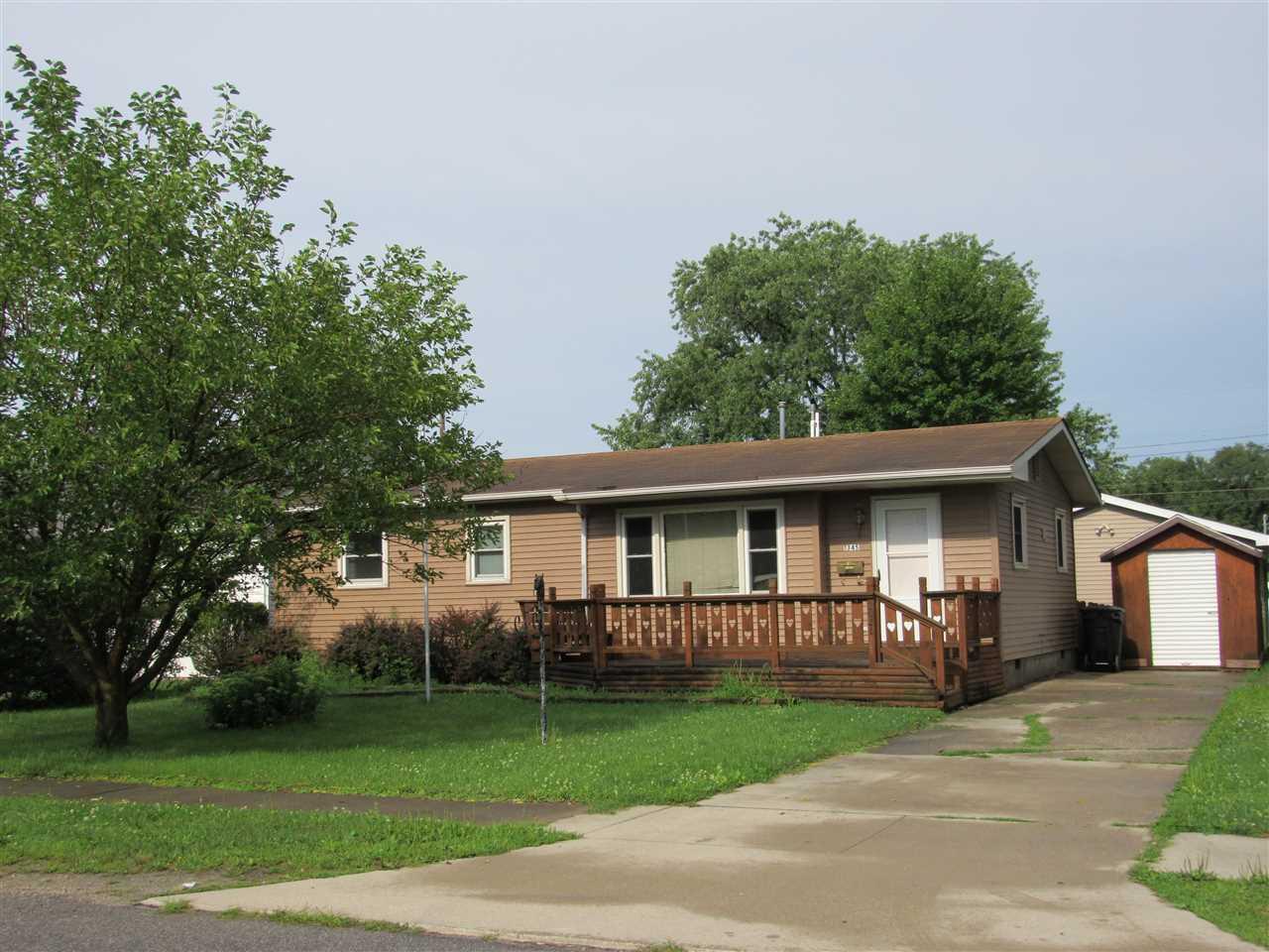1345 Grayston, Huntington, IN 46750
