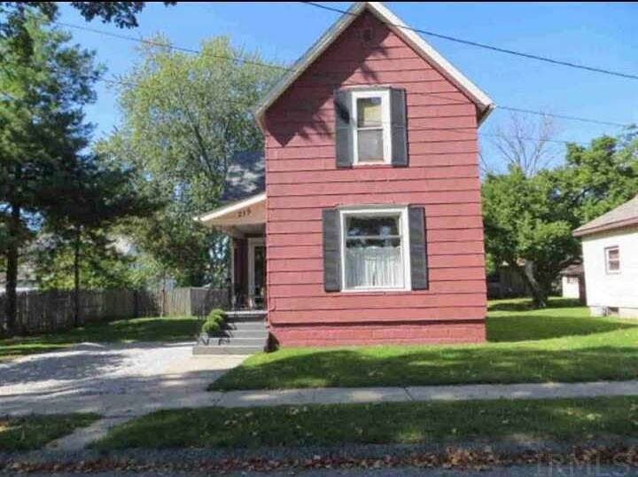 215 N Wood Street, Kendallville, IN 46755