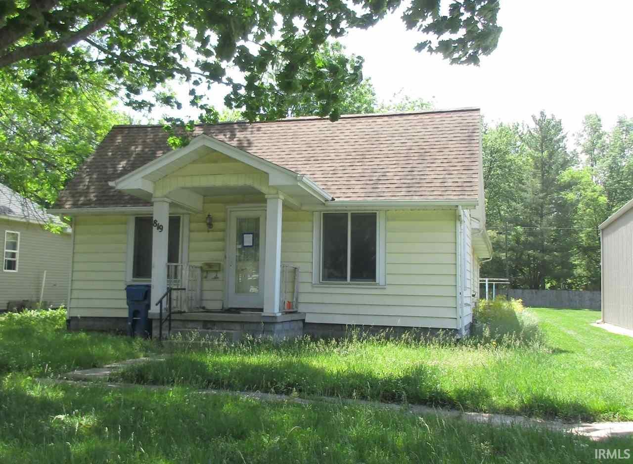 819 E North, Olney, IL 62450