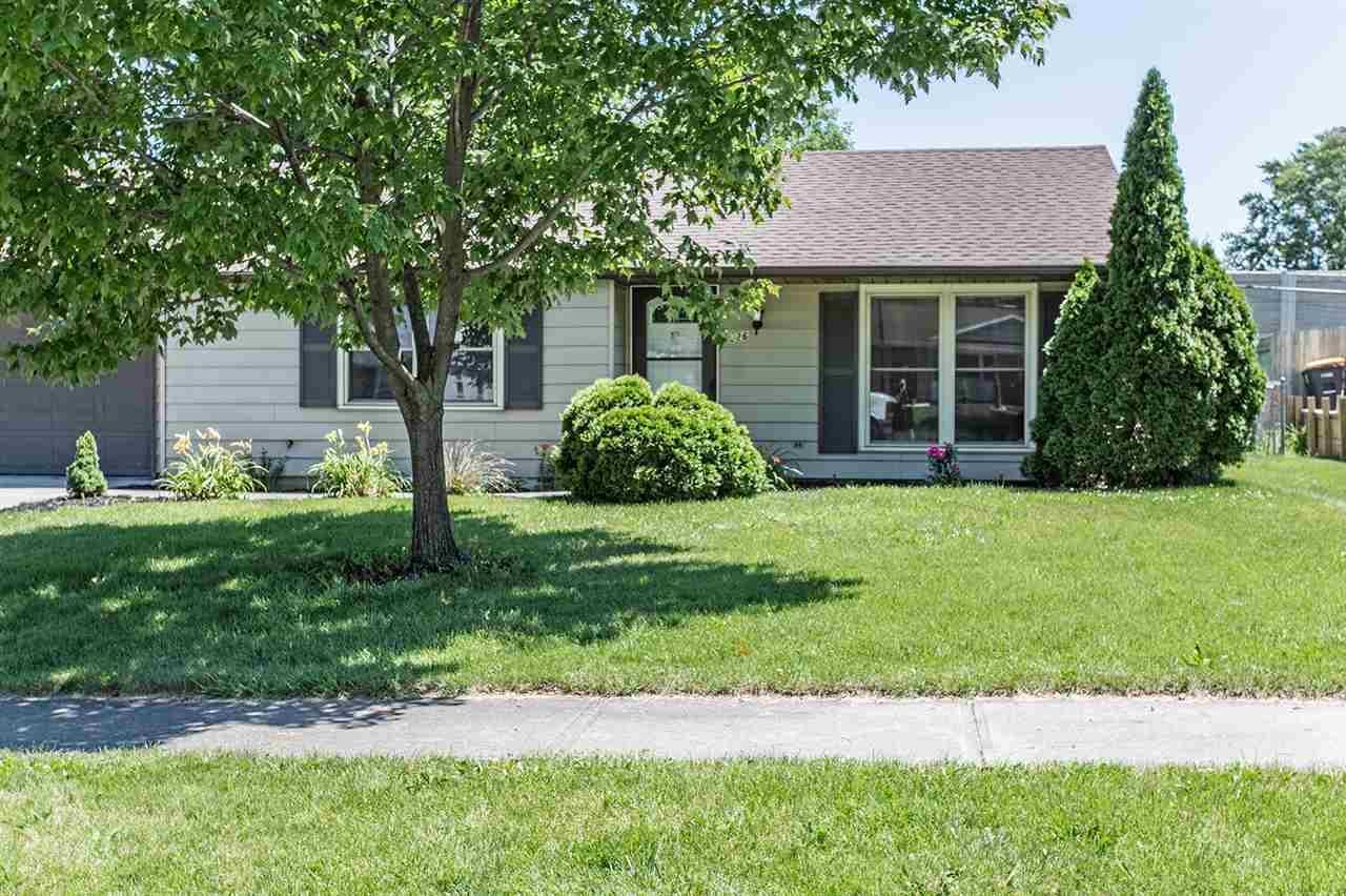 926 Applewood, Fort Wayne, IN 46825