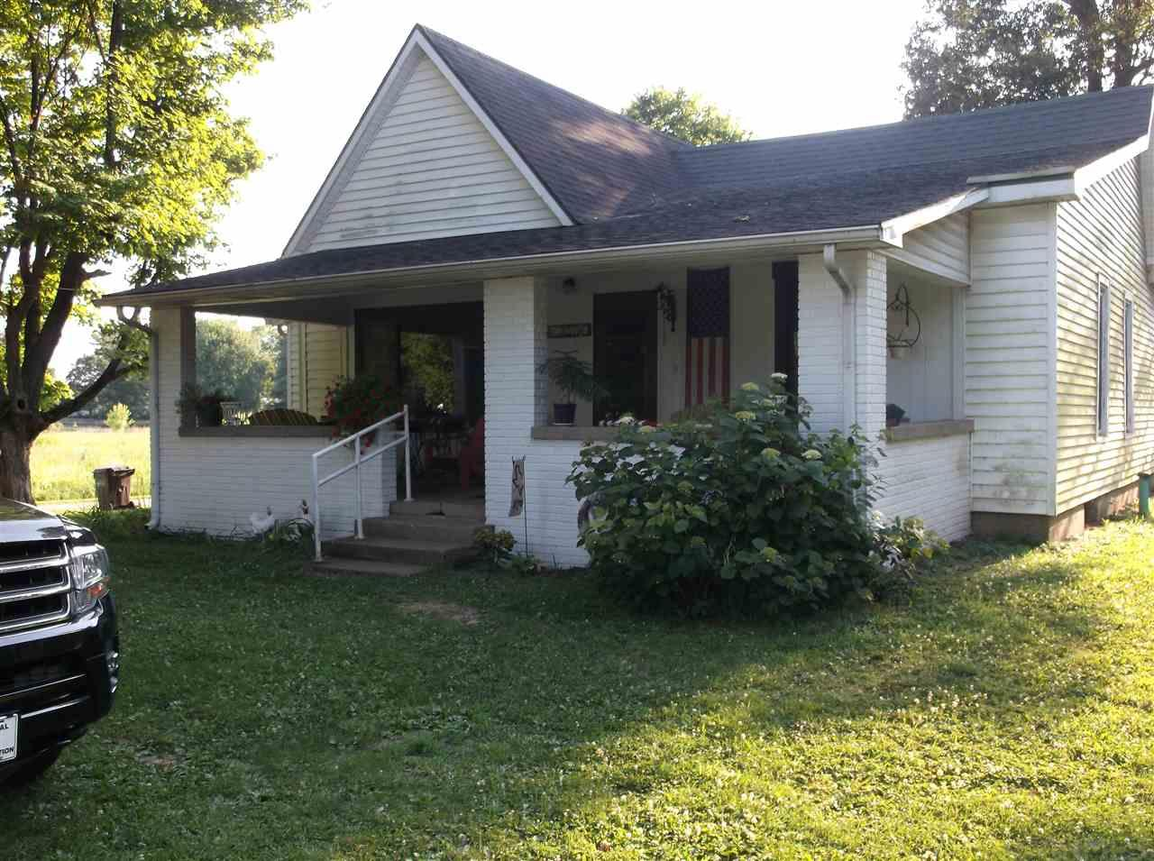 504 N Myra, Worthington, IN 47471