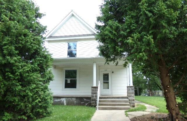 308 E Wall St, Angola, IN 46703