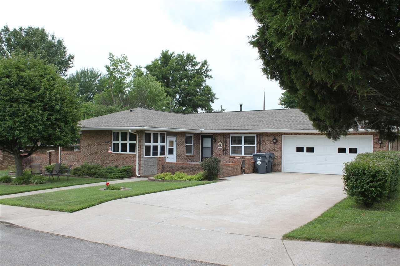 1018 Parkview, Boonville, IN 47601