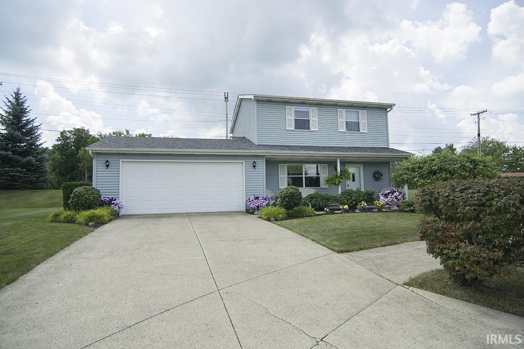 1404 Fairview Run, Kendallville, IN 46755