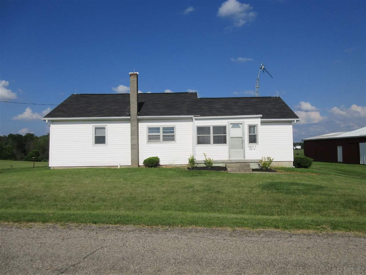 10834 S 100 W, Silver Lake, IN 46982