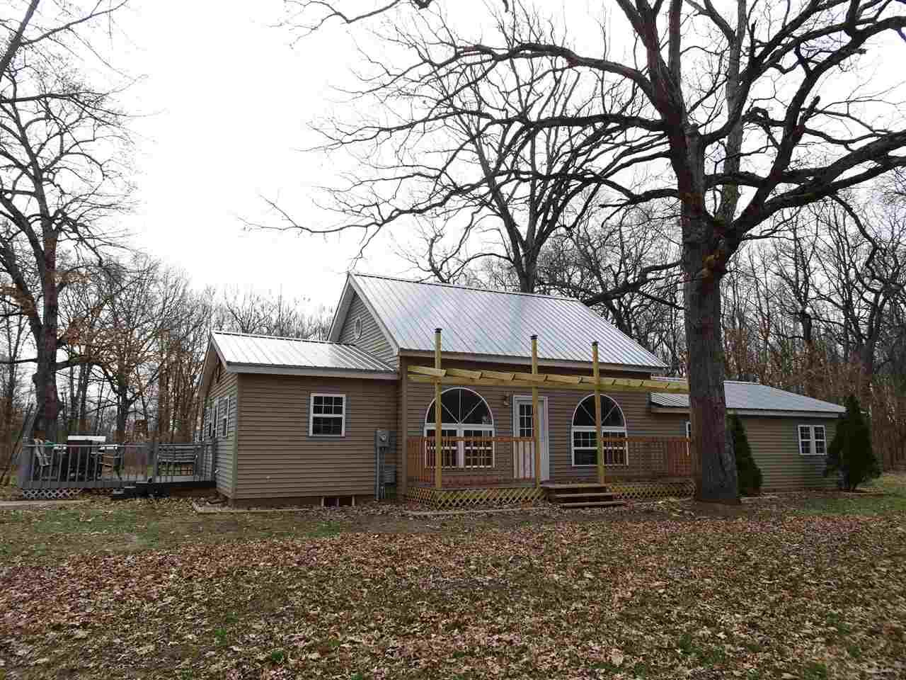 4311 E 400 South, Knox, IN 46534