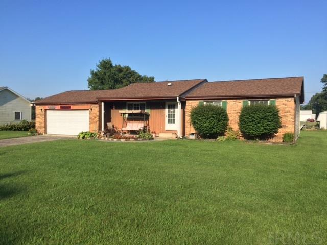 1304 Lakeview Bend, Rochester, IN 46975