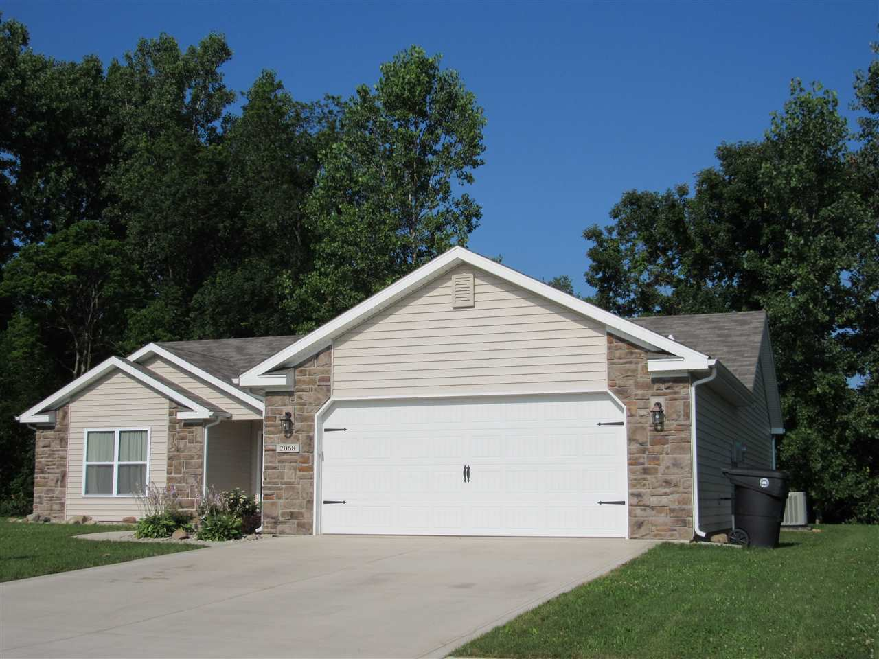2068 Willow Bend, Huntington, IN 46750