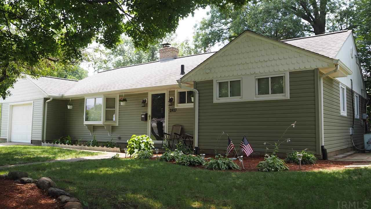 2927 HILLTOP, South Bend, IN 46614