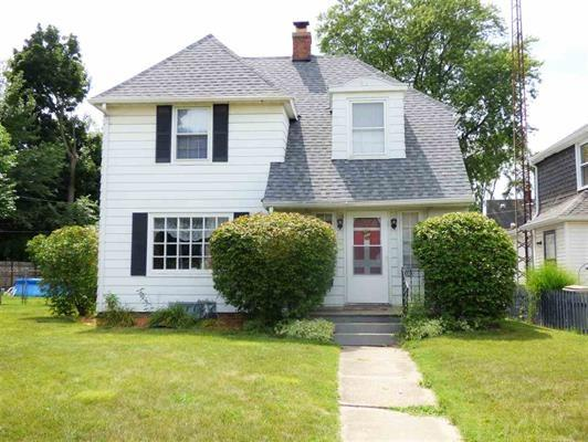 2605 ERSKINE, South Bend, IN 46614