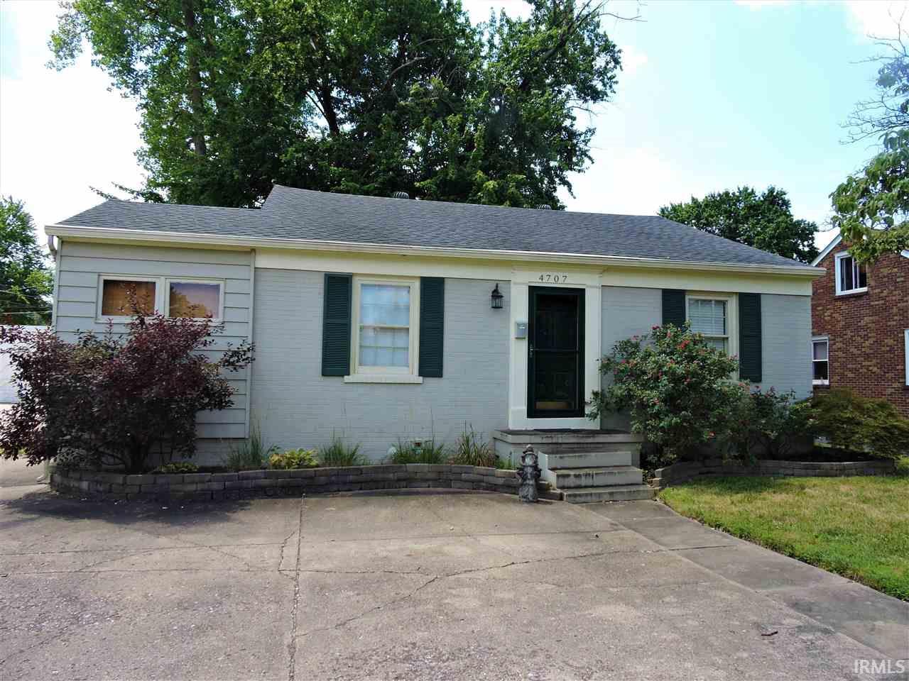 4707 Jackson, Evansville, IN 47714