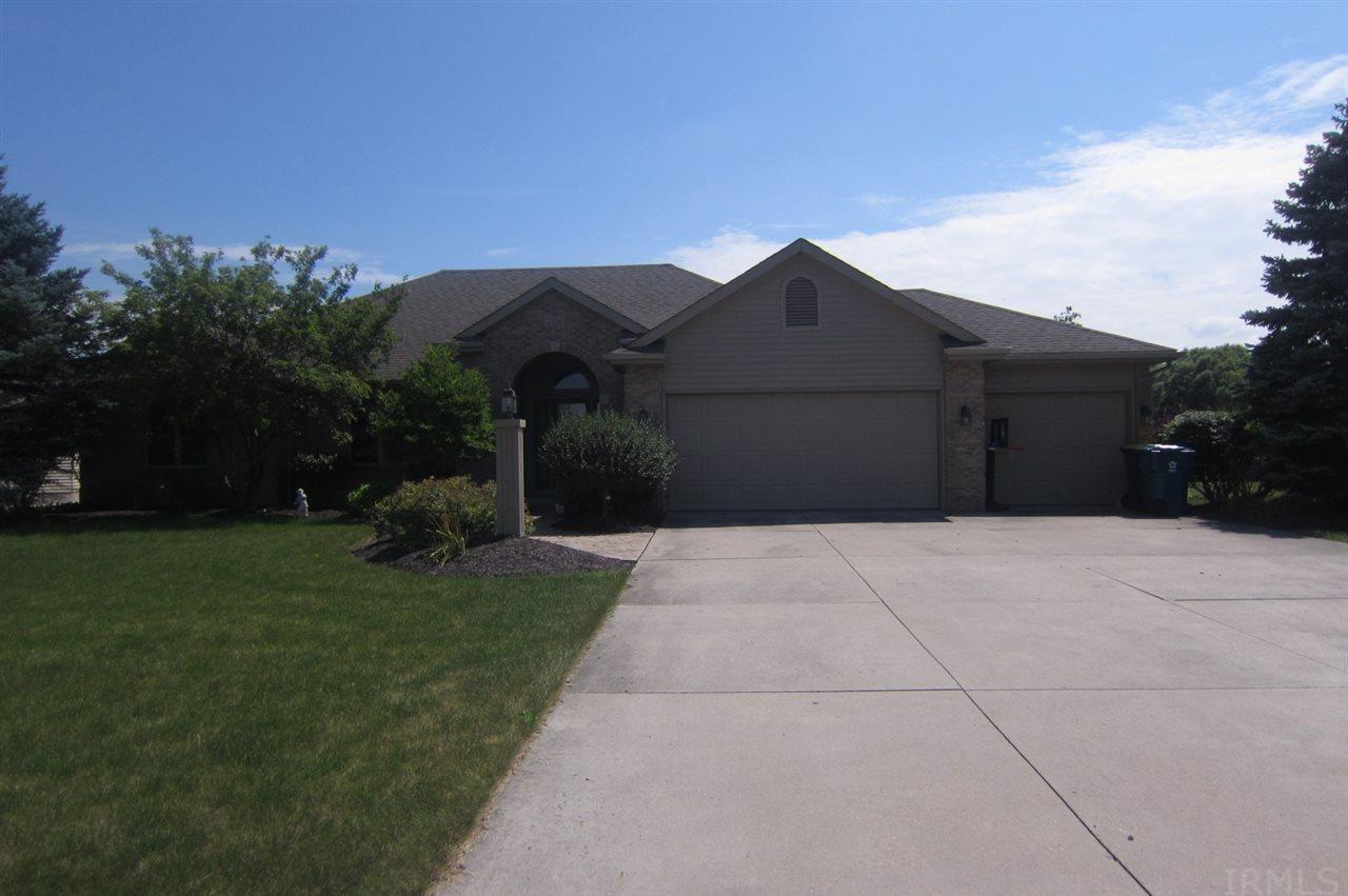 2316 Barry Knoll, Fort Wayne, IN 46845