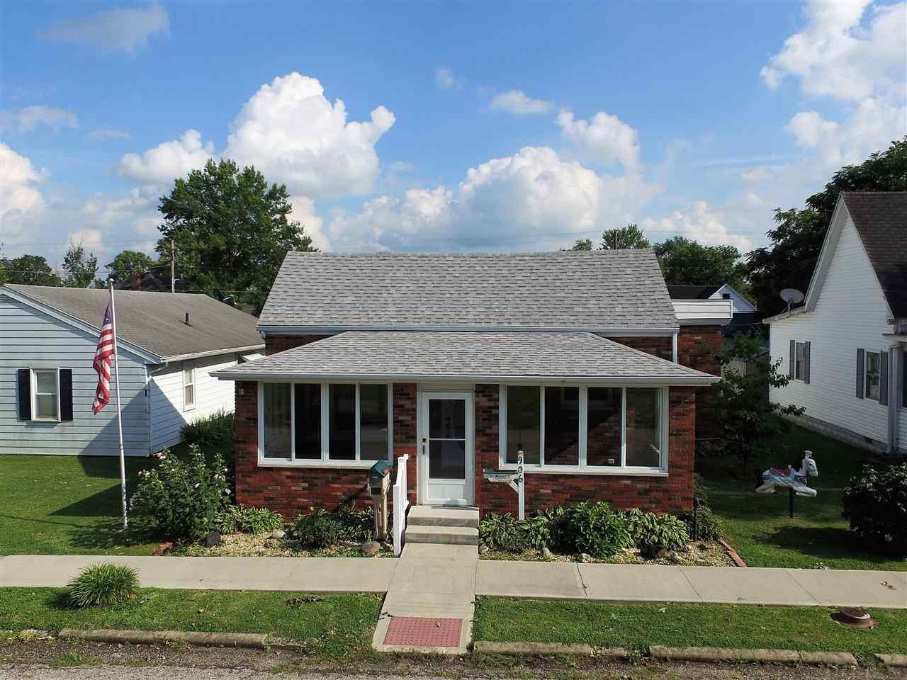 906 W Oak, Mitchell, IN 47446