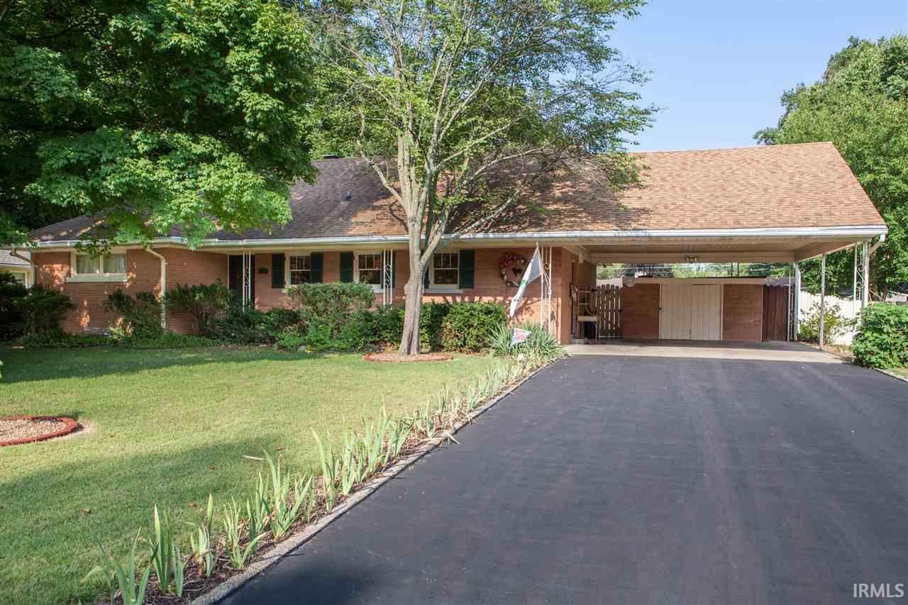 1550 Bonnie View, Evansville, IN 47715