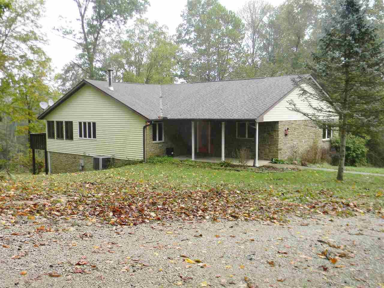 3612 Close Rd, Spencer, IN 47460