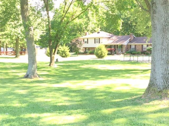 3973 W US Highway 136, Crawfordsville, IN 47933