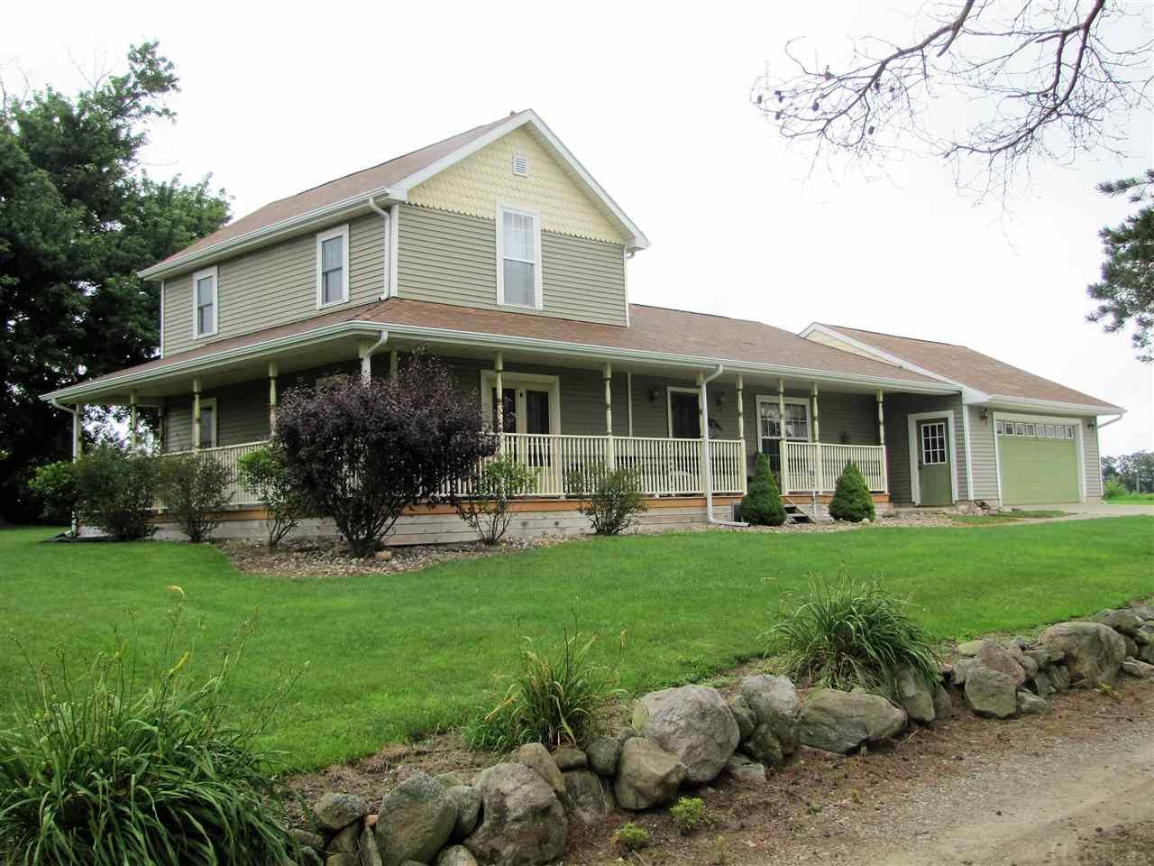 5856 Redwood Rd., Plymouth, IN 46563