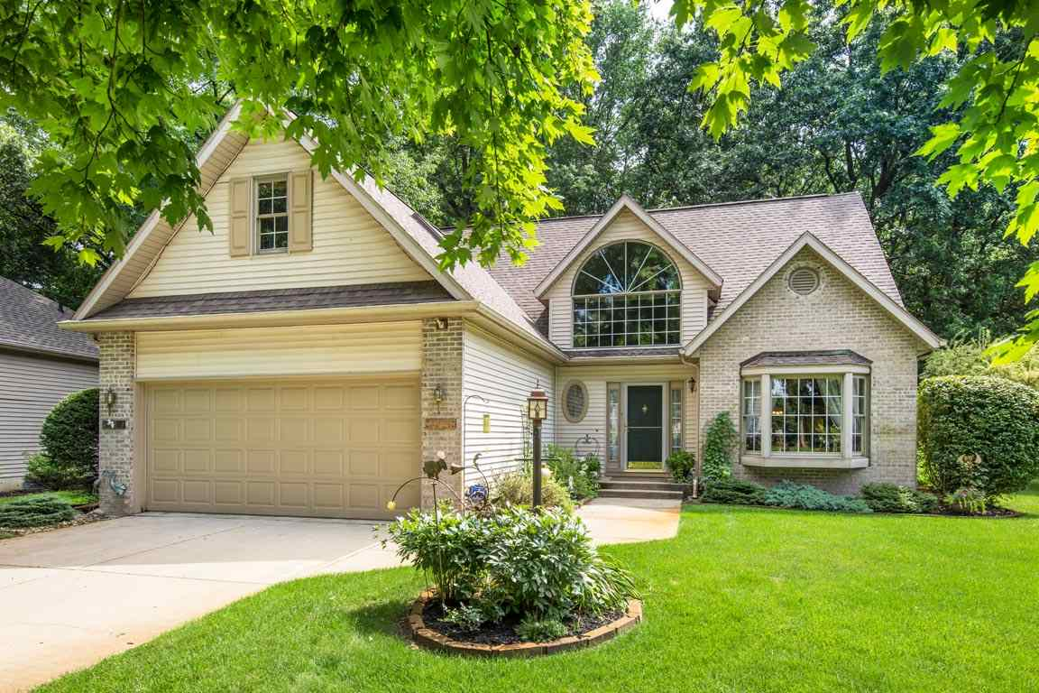 2208 Woodland, Elkhart, IN 46514