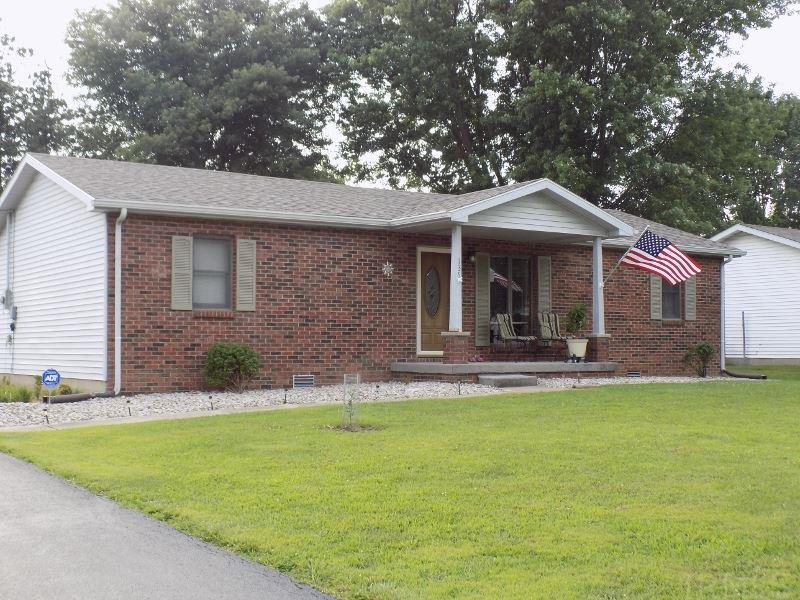 136 N Michael, Scottsburg, IN 47170
