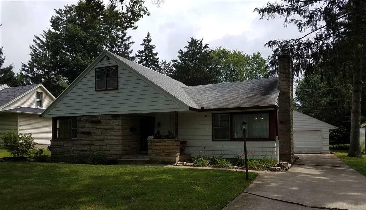 3430 Woodrow Ave, Fort Wayne, IN 46805