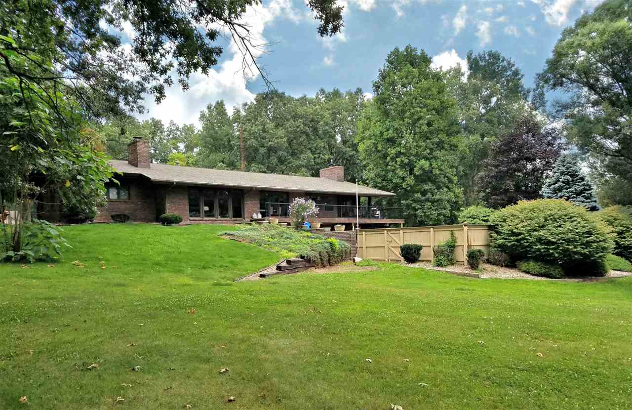 2340 N St Andrews Court, Angola, IN 46703