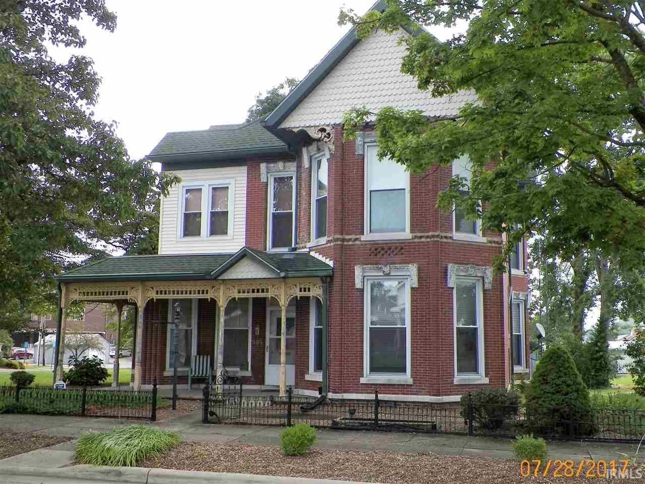 305 N Geiger Street, Huntingburg, IN 47542