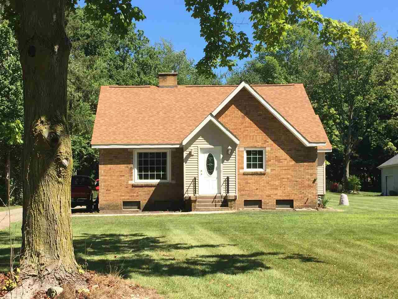 17651 Ireland Rd, South Bend, IN 46614