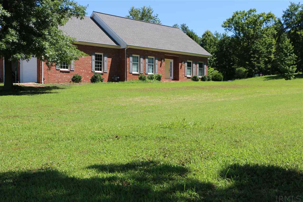 2222 S Rockport, Boonville, IN 47601