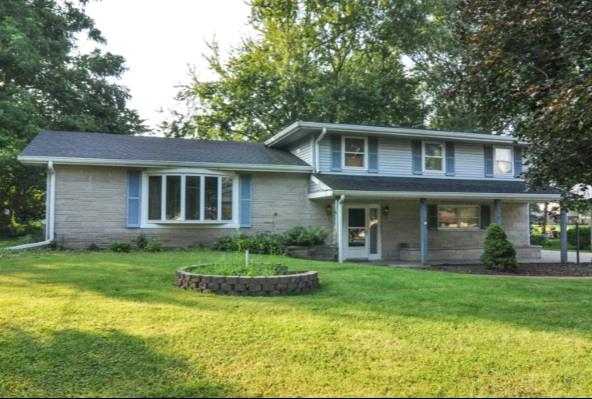 1237 Meadowbrook Dr, Lafayette, IN 47905