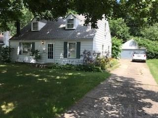 2734 S Woodmont, South Bend, IN 46614