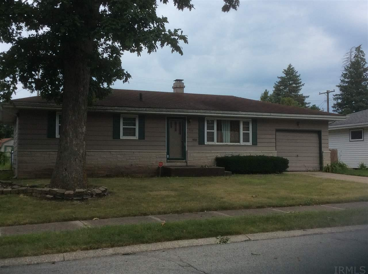 935 Woodbine, South Bend, IN 46628