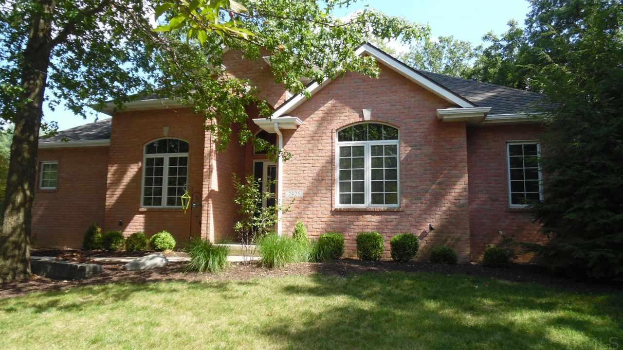 2425 Red Oak Ct, Bluffton, IN 46714