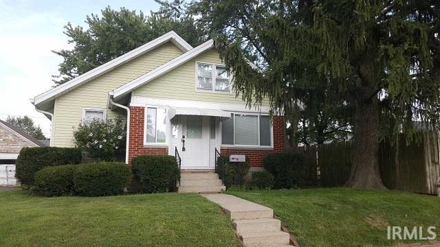 951 N Prairie St, Frankfort, IN 46041