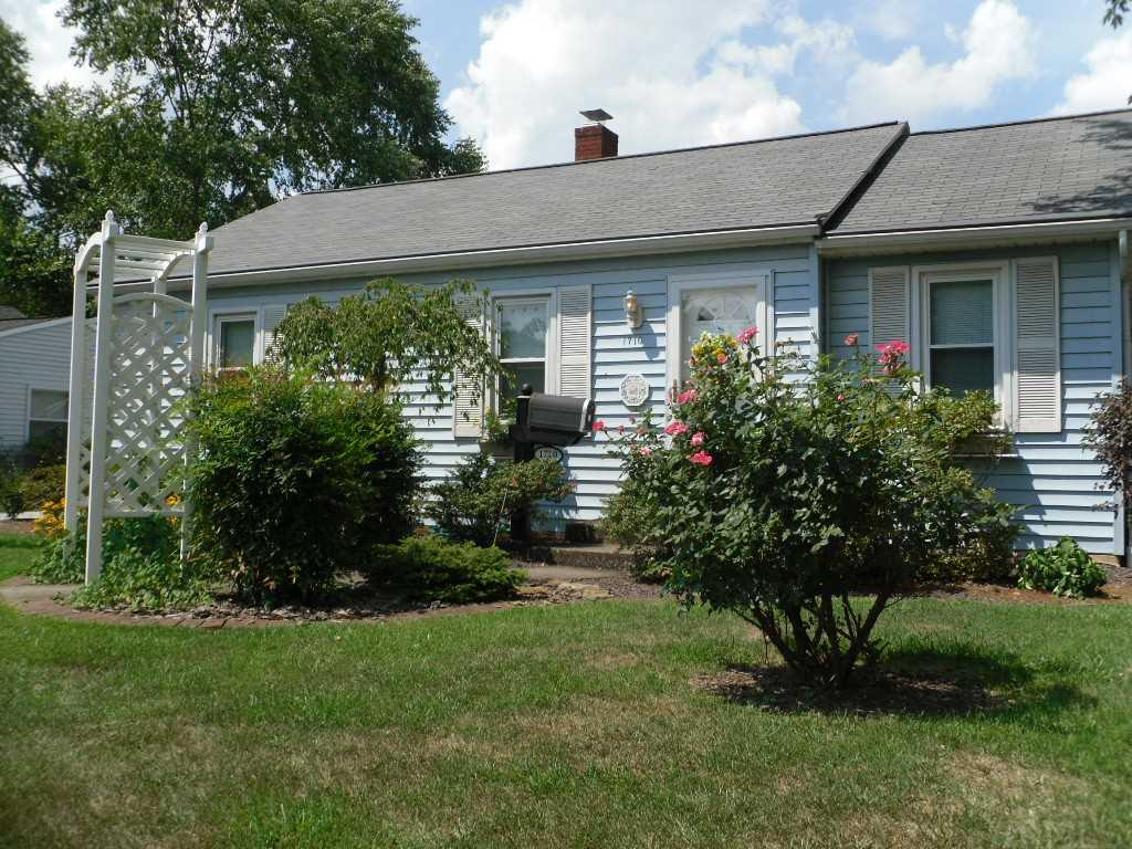 1710 Herndon, Evansville, IN 47711