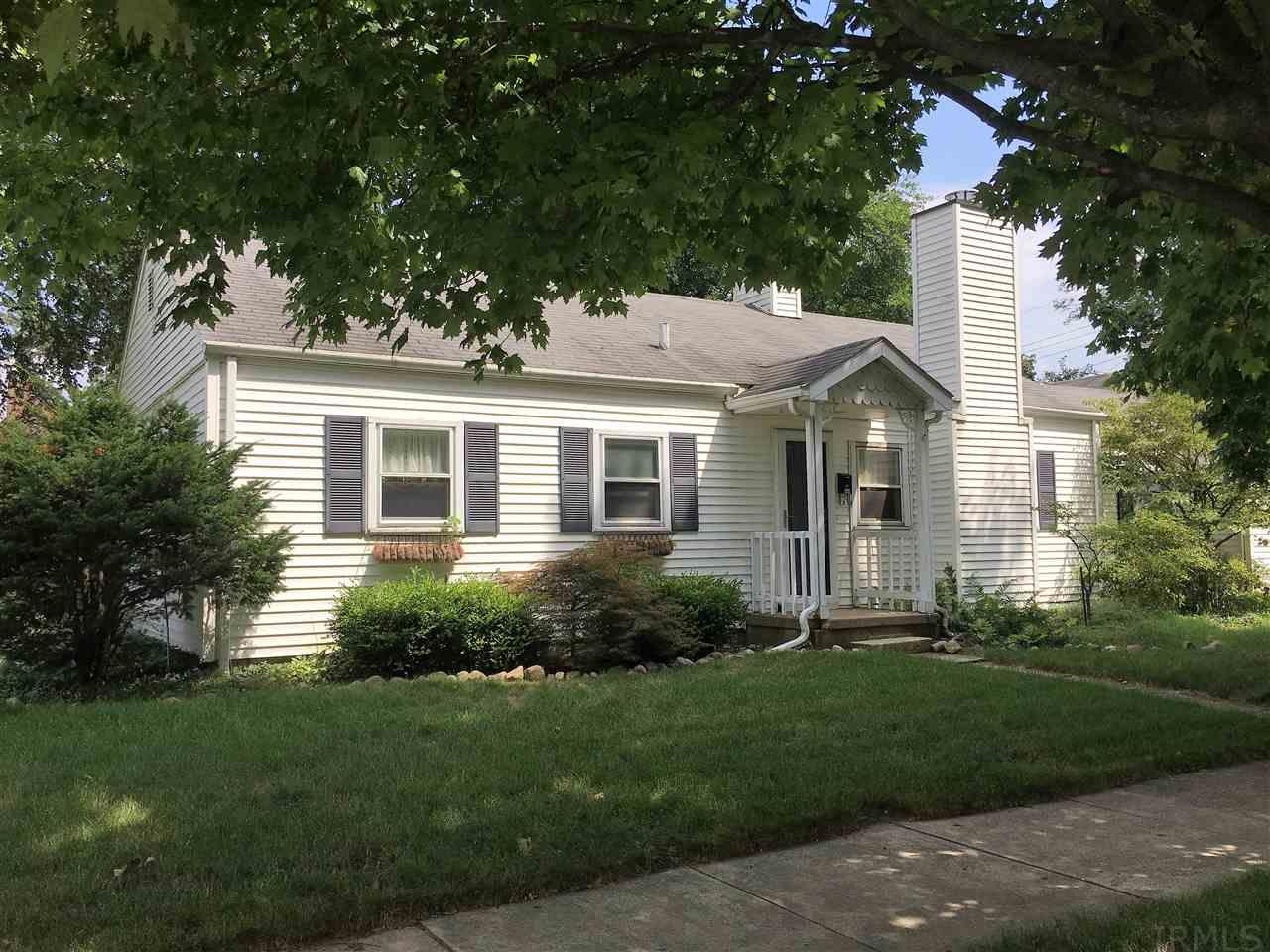444 N Esther, South Bend, IN 46617