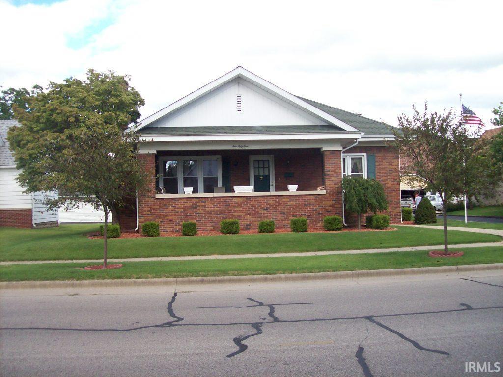 459 N Main St., Linton, IN 47441
