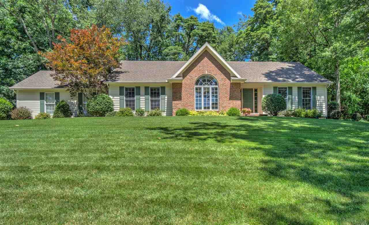 26631 St. Anns, South Bend, IN 46628