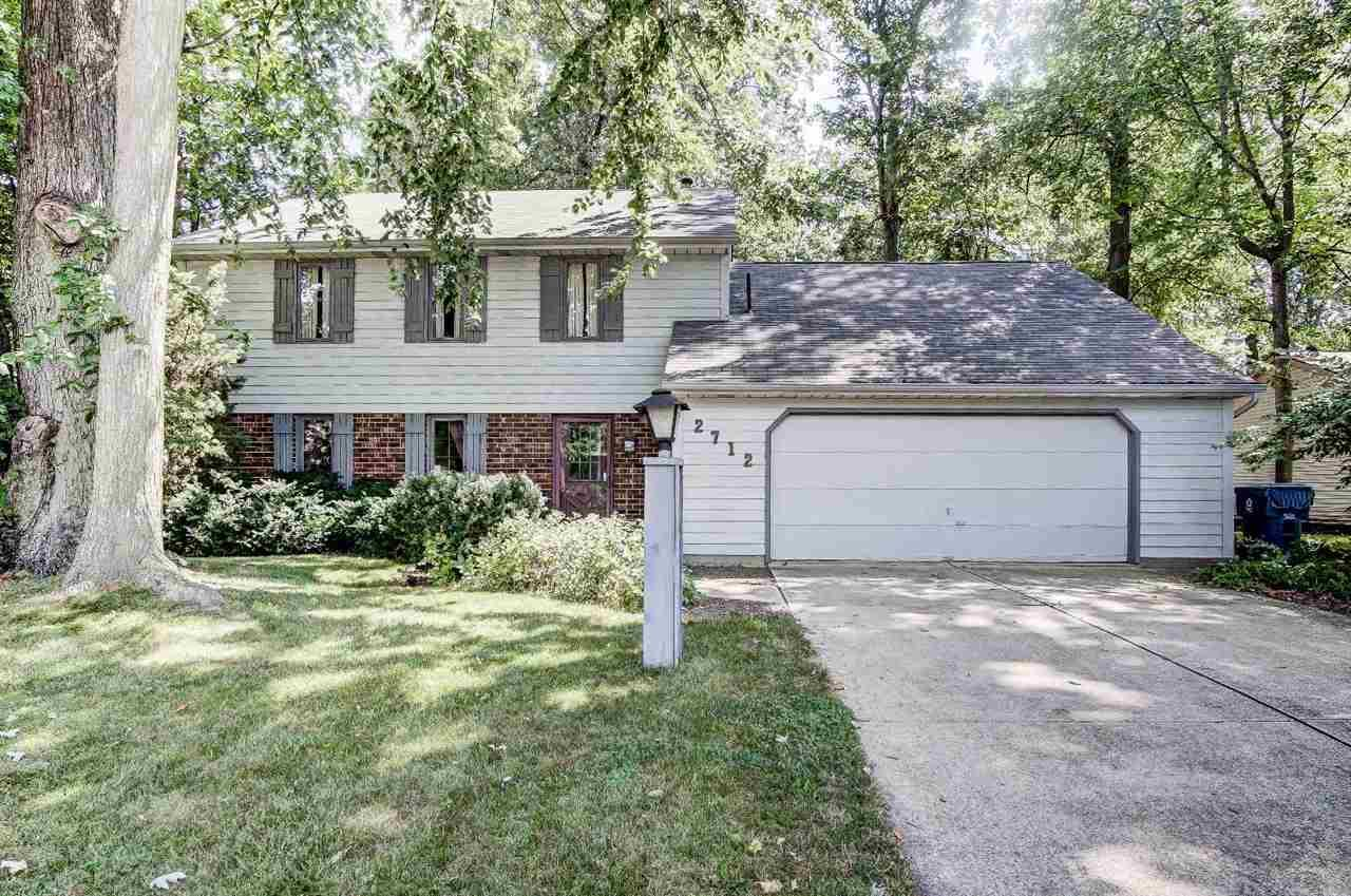 2712 Rolling Meadows, New Haven, IN 46774