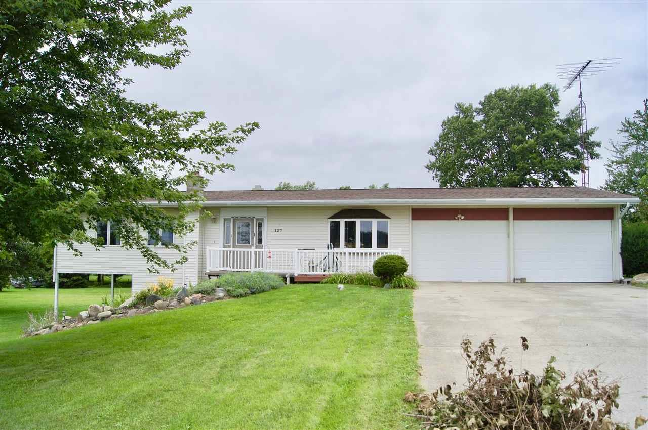 127 E Gault, Atwood, IN 46580