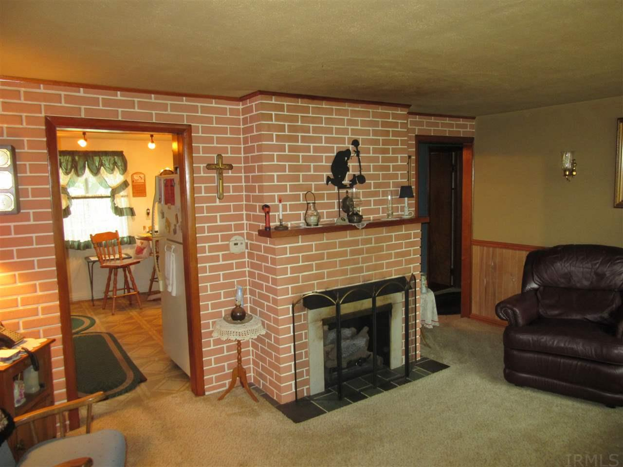 home for sale at 635 mildred drive fort wayne in 46808 89 900