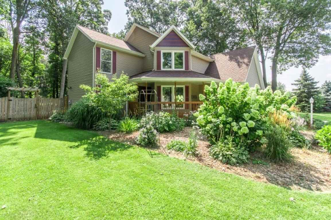 51788 Meadow Knoll, South Bend, IN 46628