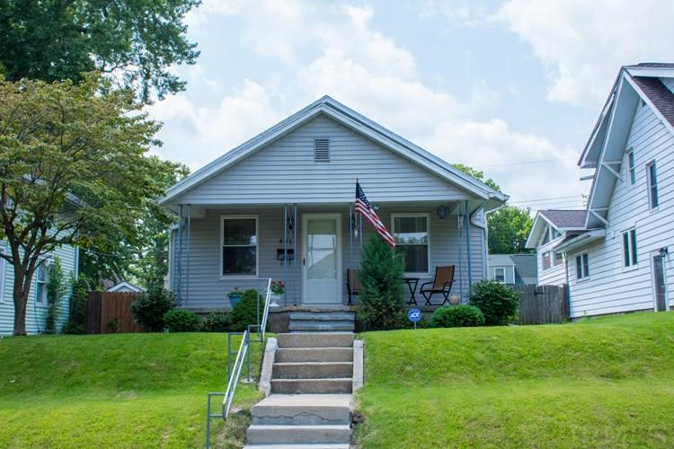 406 E Eckman South Bend, IN 46614