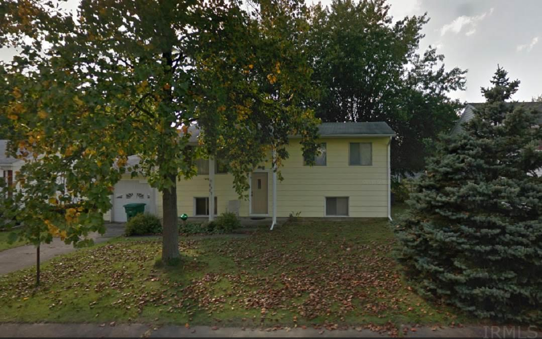 2929 HILLCREST, New Castle, IN 47362