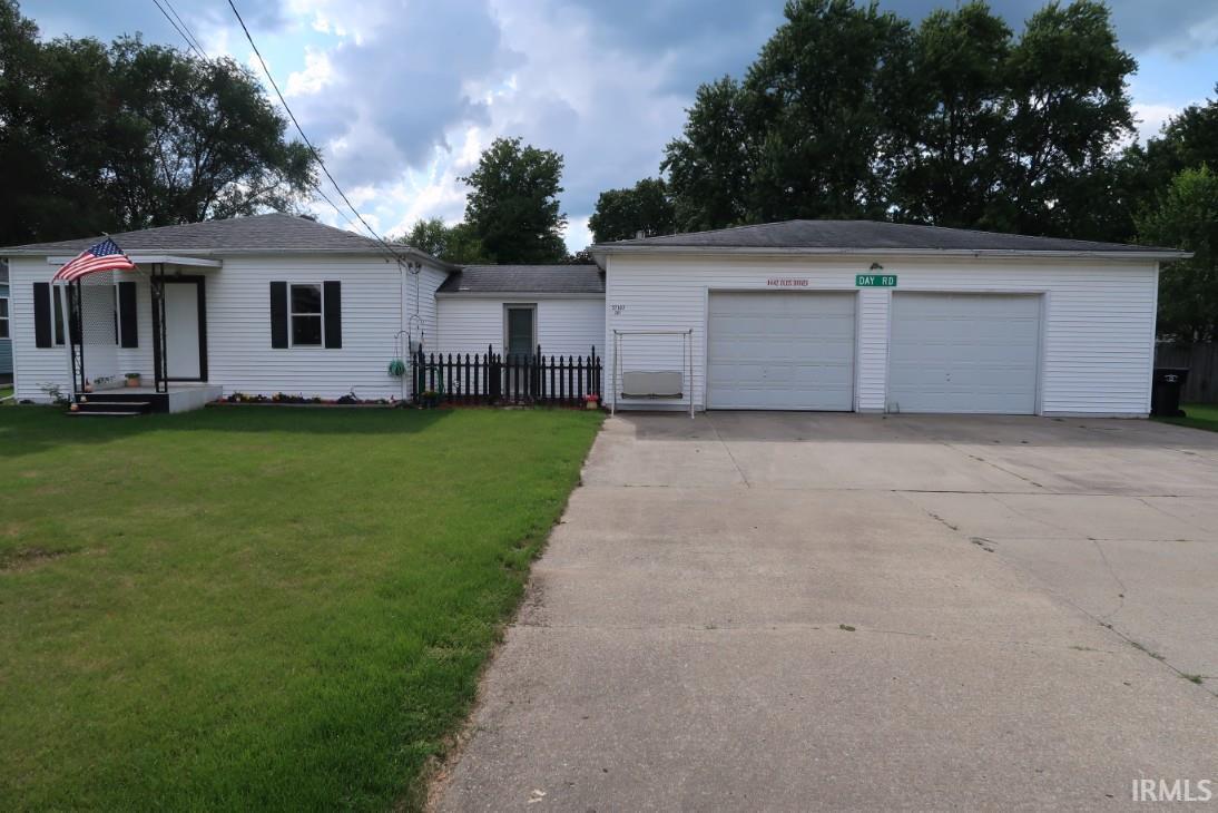 57107 Greenlawn, Osceola, IN 46561