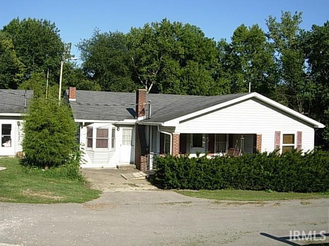 3 CO RD 70 E, Bloomfield, IN 47424